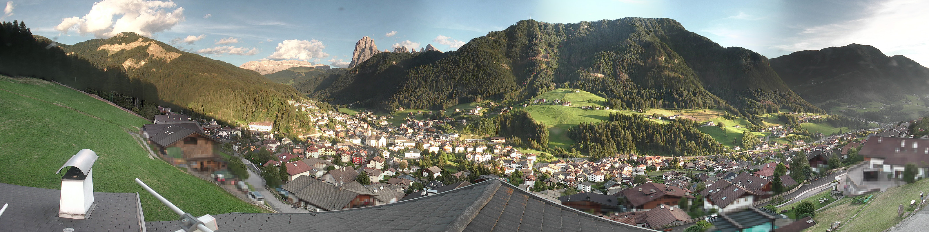 Val Gardena - Ortisei village panorama webcam